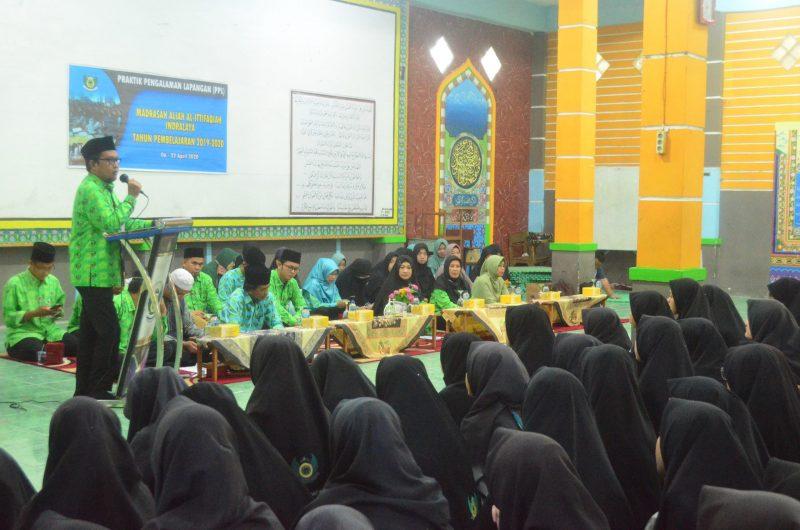 200 Santri Putri kelas XII Mengikuti Pembukaan Praktik Pengalaman Lapangan (PPL)